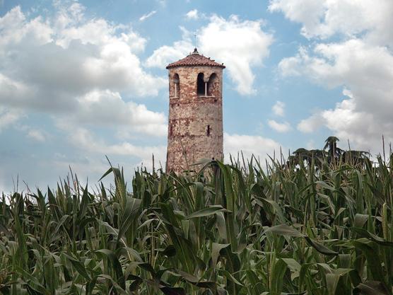 Venezia, località Tessera, Torre romanica