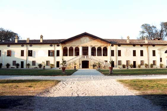 Sona (Vr), località San Giorgio in Salici, Villa Giusti.