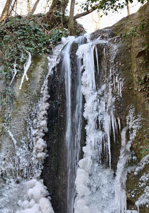 Teolo (Pd), Cascata Schivanoia ghiacciata.