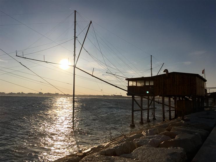 Chioggia (Ve), Capanno da pesca alla bocca di porto.