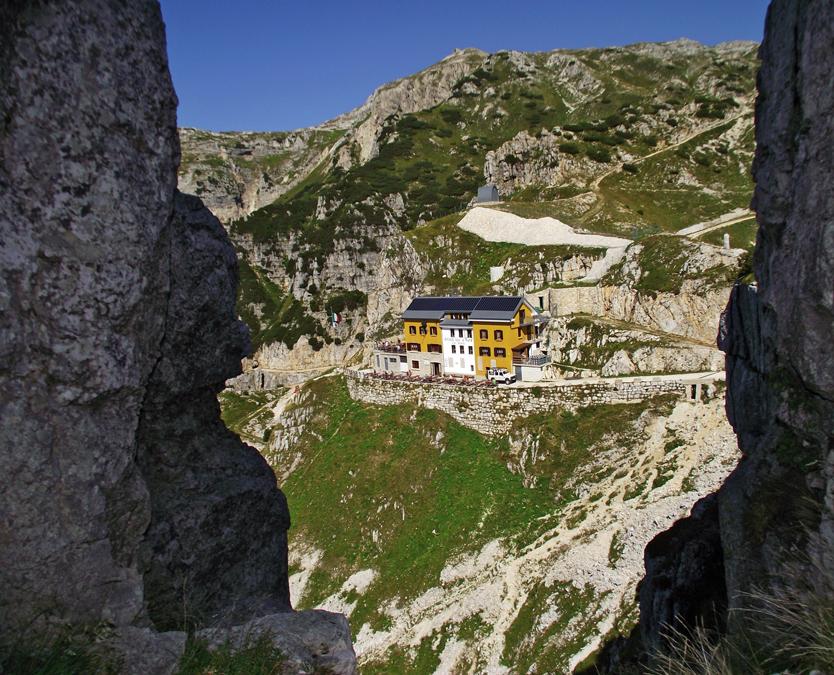 Monte Pasubio (Vi), Rifugio Achille Papa.