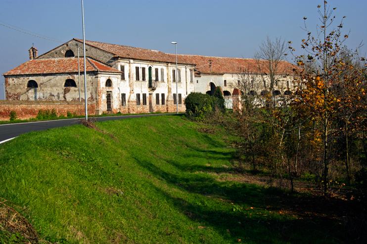 Frassinelle (Ro), Villa Ca