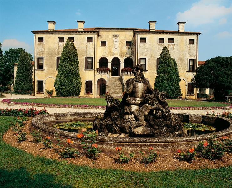 Lugo di Vicenza (Vi), Villa Godi Malinverni.