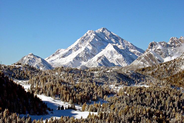 Monte Antelao (Bl), Versante est, Veduta invernale.