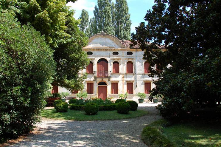 Meduna di Livenza, Quartarezza (Tv), Villa Wiel.