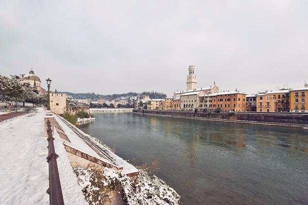 Verona, Lungadige San Giorgio con la neve.