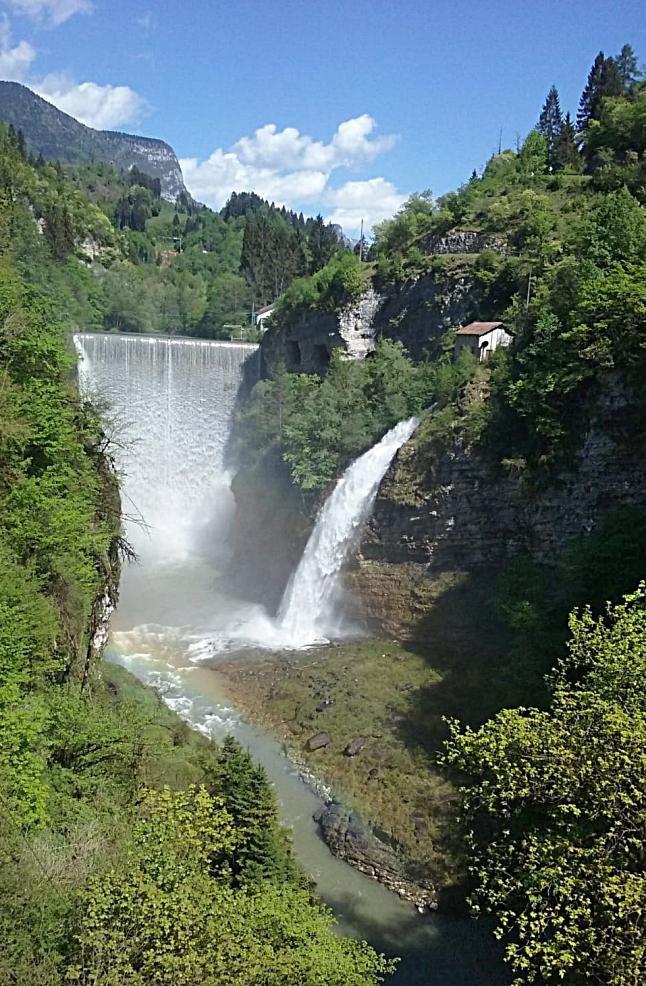 Lamon (Bl), Cascate di Ponte Serra.