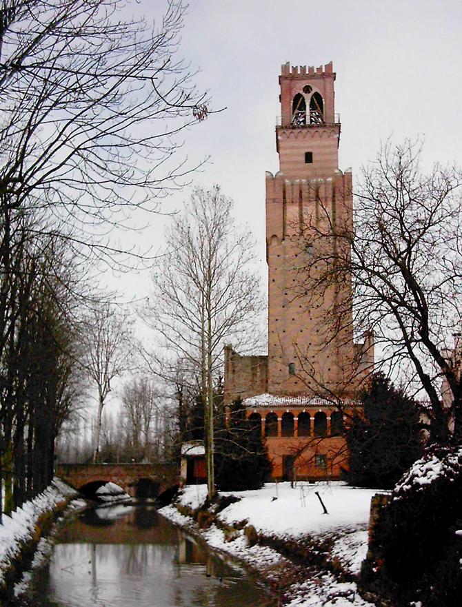 Noale (Ve), Torre delle Campane o del Cervo.