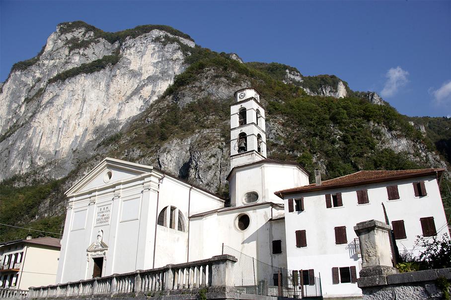 Valbrenta, frazione di Cismon del Grappa (Vi), Chiesa Parrocchiale di San Marco Evangelista