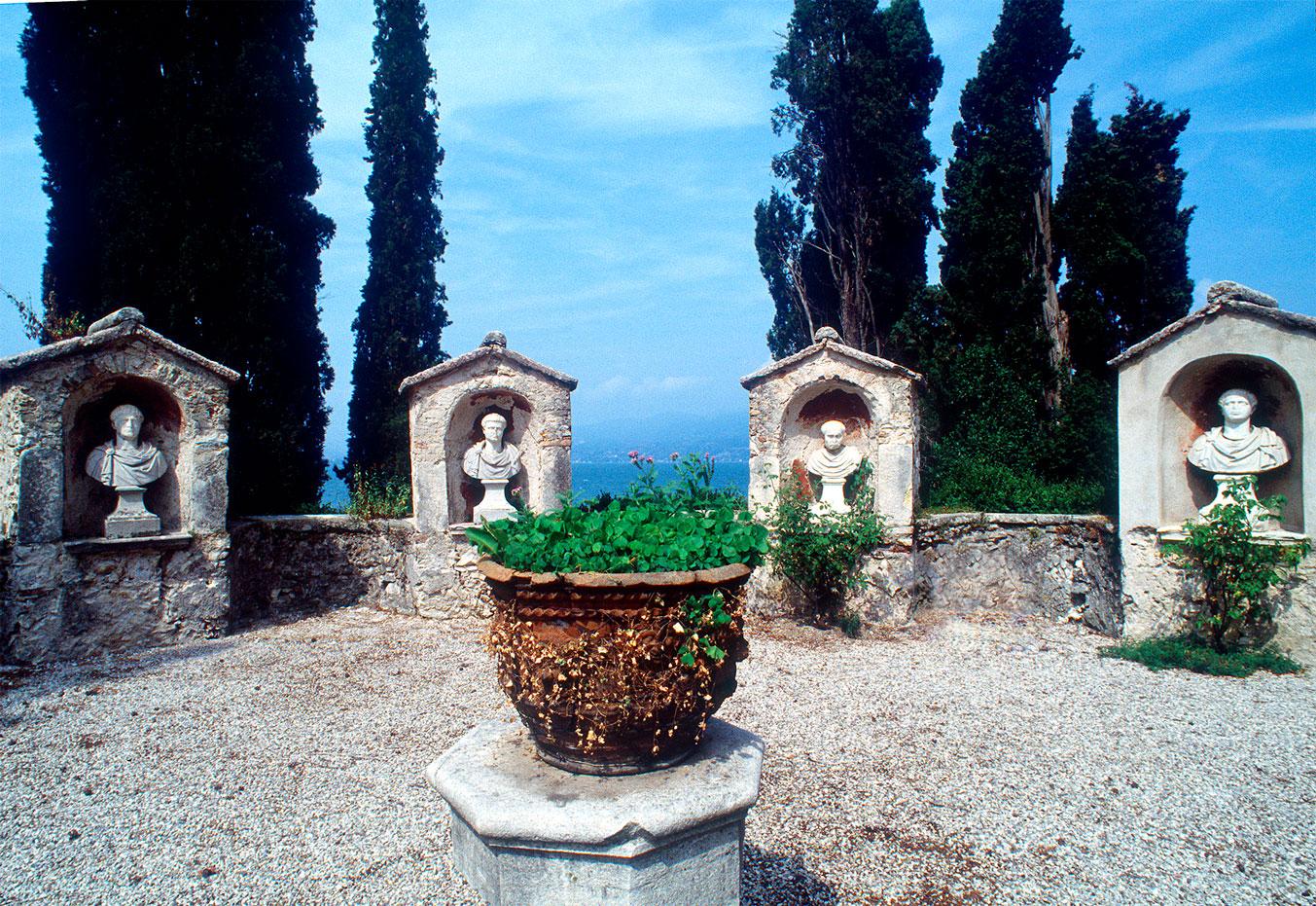 Garda (Vr), località Punta San Vigilio