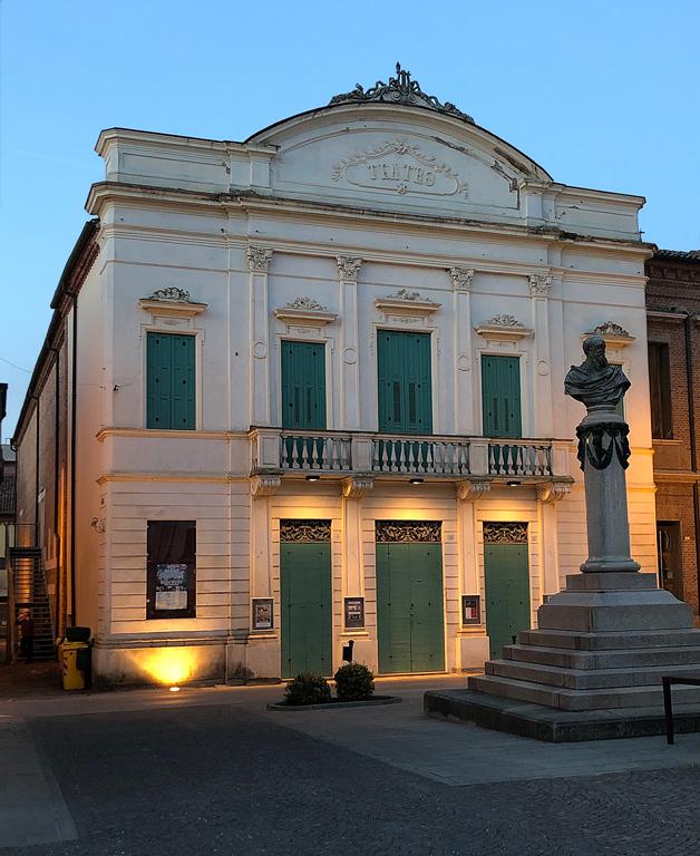 Lendinara (Ro), Teatro Comunale Ballarin.